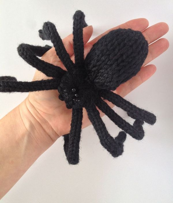 Designcat Scary Knit Spiders